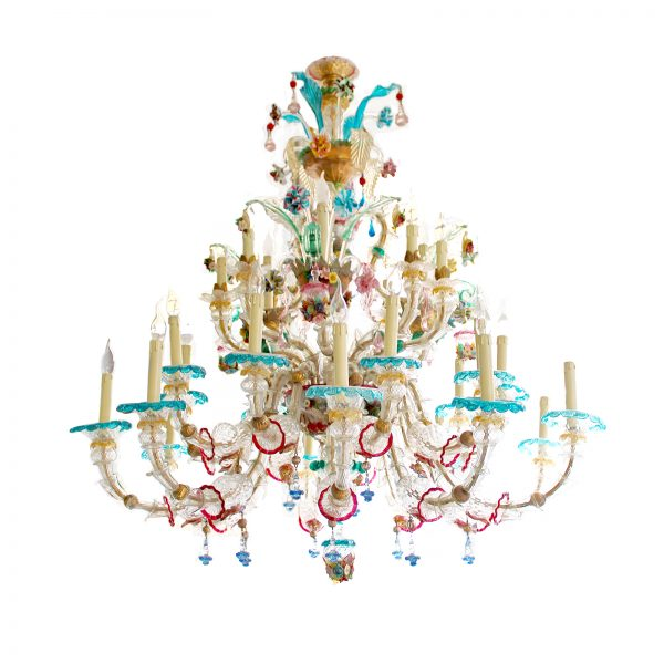 https://wildschut-antiques.com/wp-content/uploads/2018/10/Wildschut-large-venetian-chandelier-white-600x600.jpg